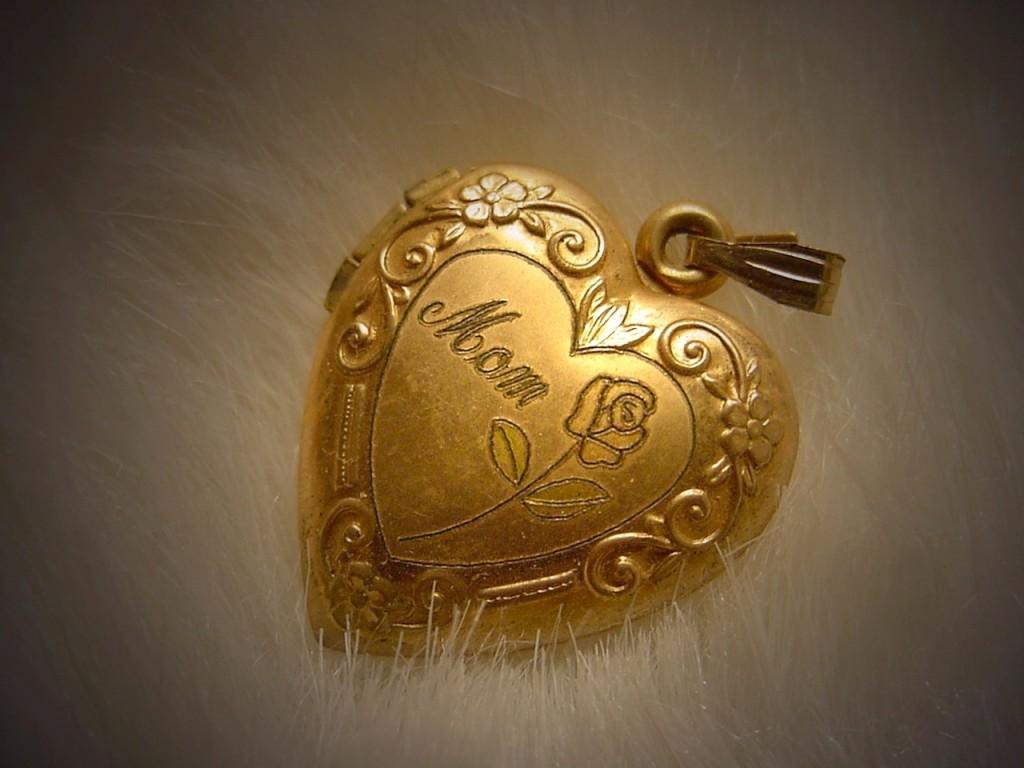 Mom locket